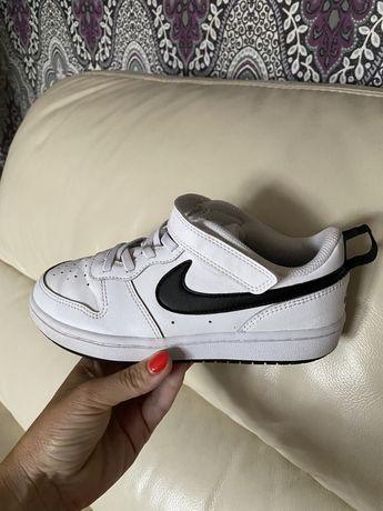 Adidasy chłopięce Nike rozm.33