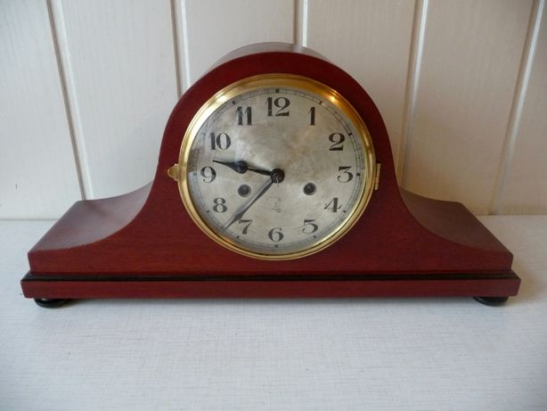 Antyczny zegar kominkowy G. Becker, sprawny, katalogowy, po renowacji