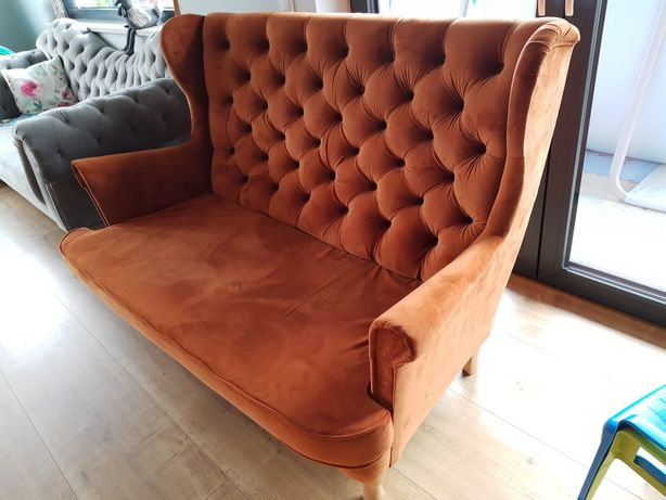 Sofa 2-osobowa Chesterfield