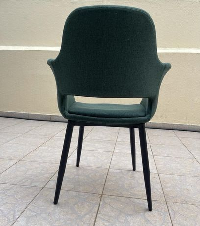 "8 Cadeiras ""Lorena"" Area"