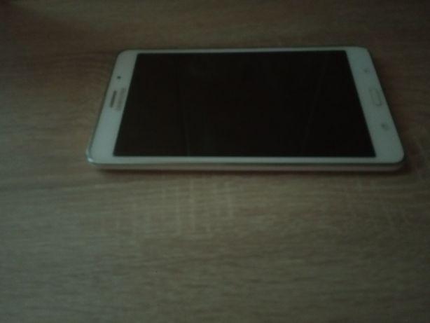 Продам планшет Samsung galaxy tab 4, 7 дюймів.