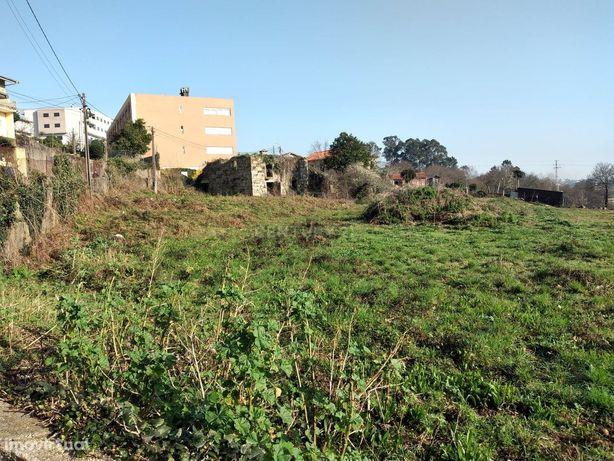 Quinta com 615O M2, em Vimieiro - Braga