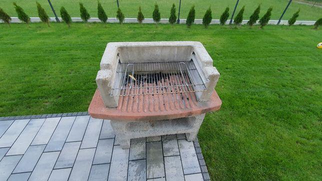 Grill ogrodowy betonowy