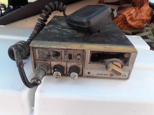Troco CB (Radio Amador) General Electric 3-5813B e Fonte Alimentação