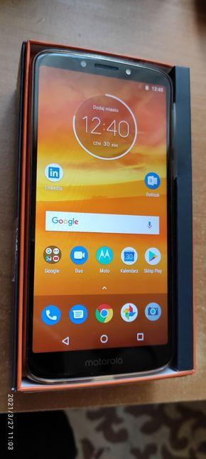 Smartfon Motorola Moto E5 plus 3 GB / 32 GB