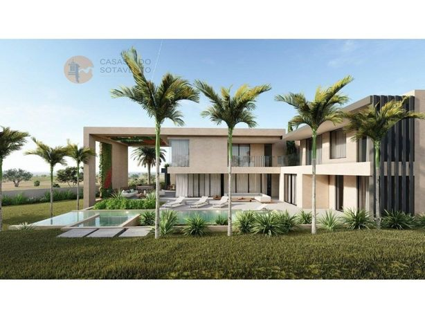 Luxuosa moradia de arquitetura moderna de 5 quartos com v...