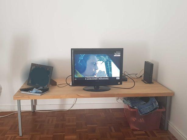 Mesa ideal para tv de madeira maciça