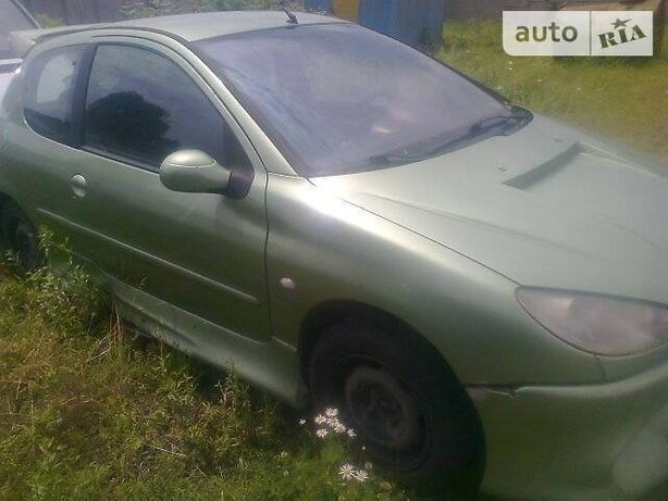 Разборка Peugeot 206, 2002 года, г. Умань 1.4 бензин.