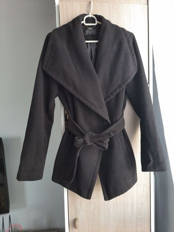 Czarny płaszcz Mohito S 36 szlafrokowy wiązany