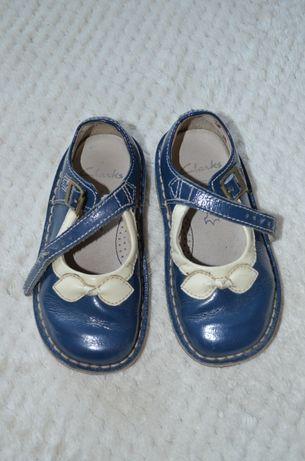 Skórzane buty clarks świeta 23 pantofelki