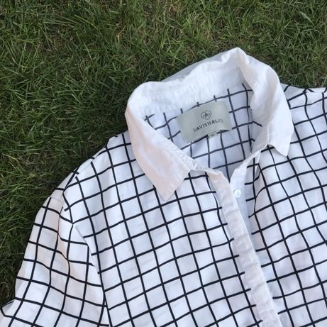 Рубашка з відкритою спиною
