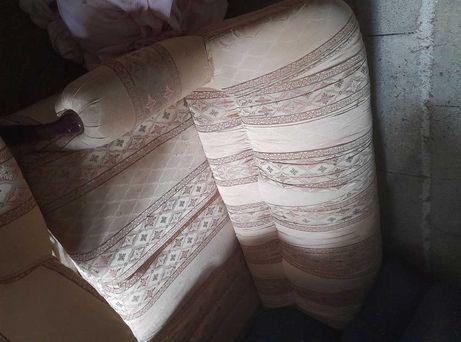Para venda dois conjuntos de sofás