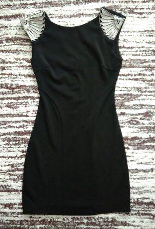 Sukienka mini mała czarna