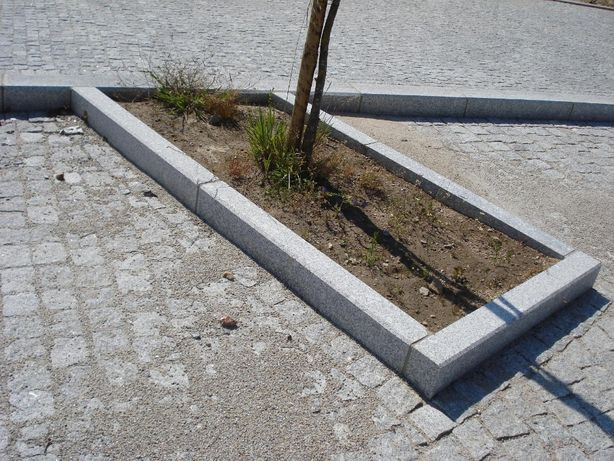Lancil / Guia de granito