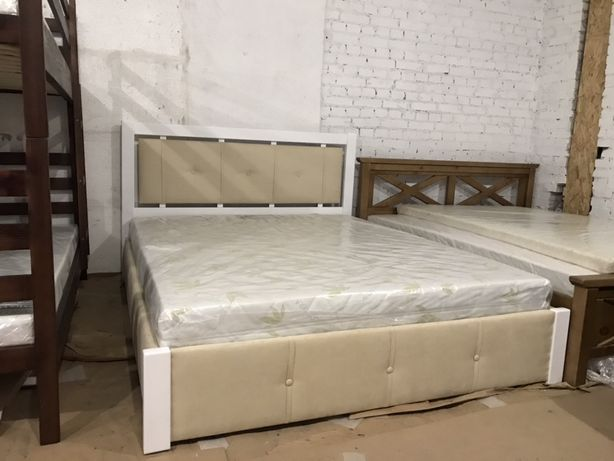 Кровать деревянная мягкая с подьемным механизмом