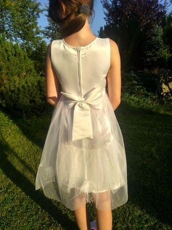 Sukienka okazjonalna GUESS z metkami.10 lat. Przepiękna. Stan idealny