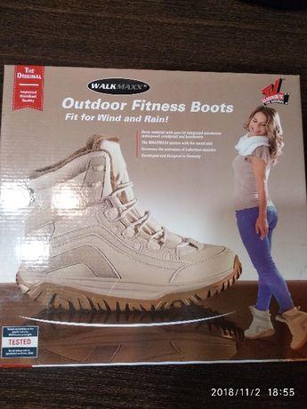 Продам зимние высокие ботинки Wallmaxx