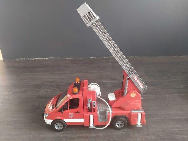 Пожарная машина brudar