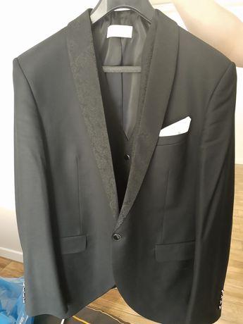 Garnitur ślubny plus krawatka