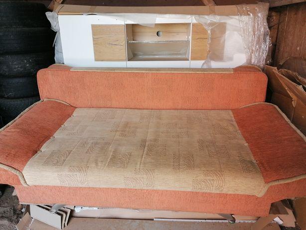 Kanapa,wersalka rozkładana ,używana stan dobry 200X130 cm.