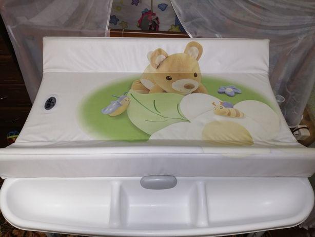Пеленальный столик с ванночкой, незаменимая вещь для родителей