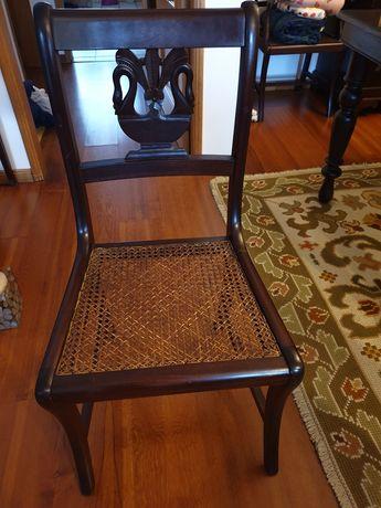 6 cadeiras em madeira maciça com palhinha, em excelente estado