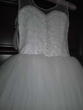 Платье для девочки ростом 128/134см