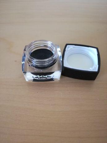 MAC eyeliner preto