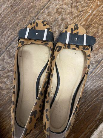 Балетки женские туфли