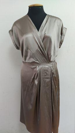 Платье шёлковое. Нежно бежевого цвета. На свадьбу, выпускной, вечерние