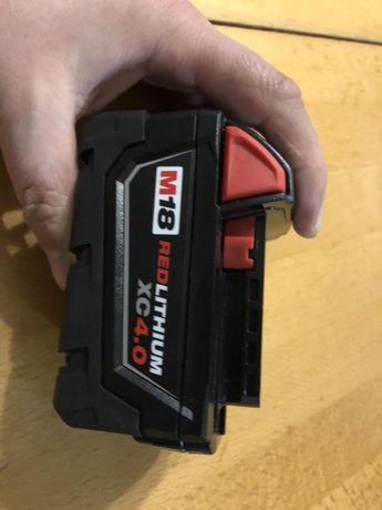 Milwaukee батарейка, акомулятор m18 4ah