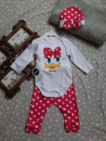Новий комплект речей для маленької модниці