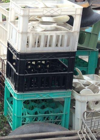 Ящики для стеклотары пластик