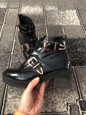 Женские ботинки сапоги
