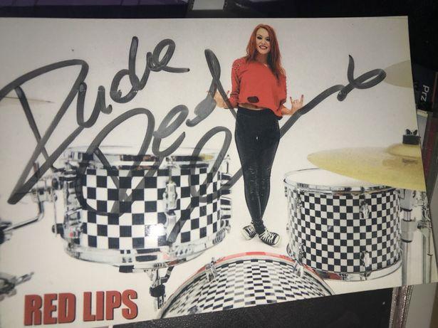 Red Lips Ruda autograf