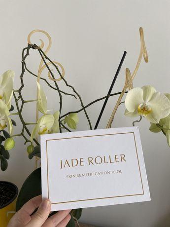 Скребок Гуаша и роликовый массажер для лица Jade roller