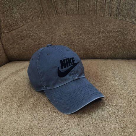 Кепка Nike (no Adidas puma)