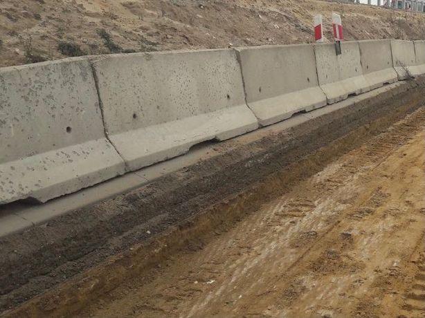 Bariery betonowe oporowe drogowe 135zł mb