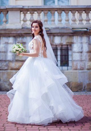 Весільна сукня (весільне плаття) + В ПОДАРУНОК халат для фотосесії