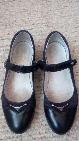 Туфли Каприз кожаные чёрные р.34,