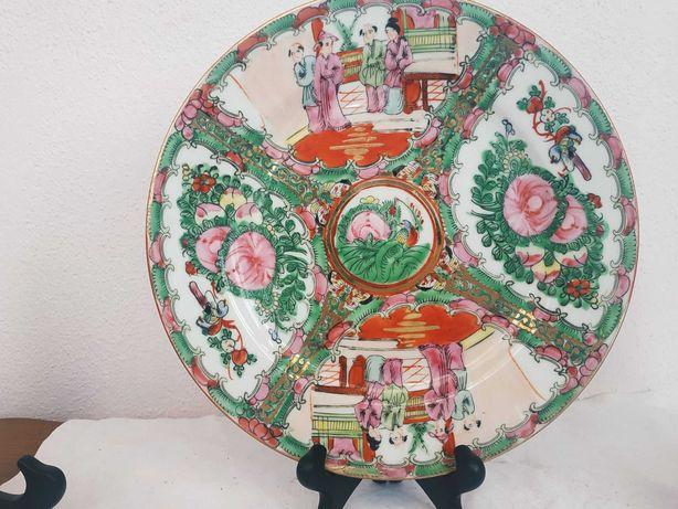 Тарелка фарфоровая,китайская Д-26см.Ручная роспись.