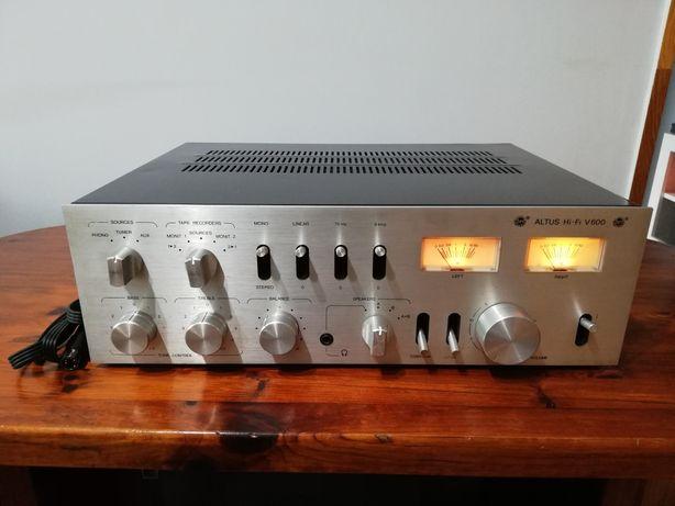 Wzmacniacz Altus Hi-Fi V600.