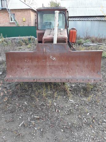 Трактор - бульдозер ДТ-75 (СССР)