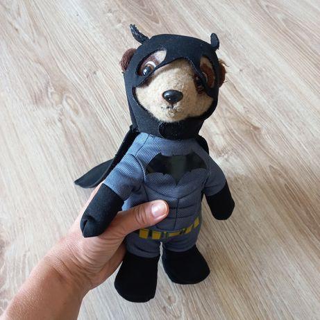 Maskotka surykatka Batman Meerkovo Aleksandr B