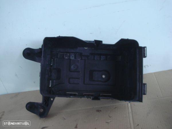 Caixa De Alujamento De Bateria Volkswagen Golf V (1K1)