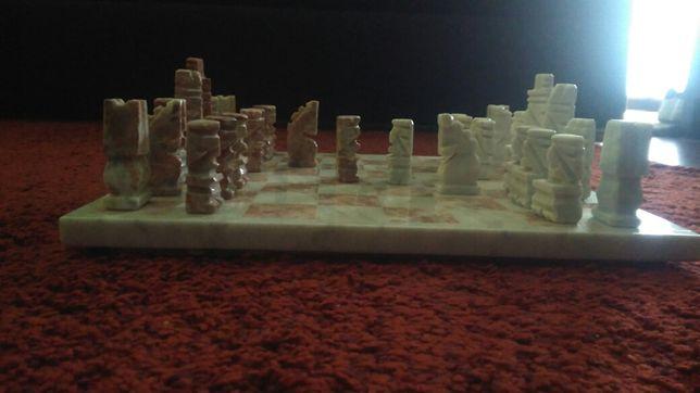 Tabuleiro xadrez em pedra