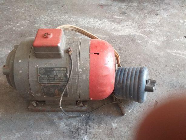 Silnik elektryczny jak na zdieciu
