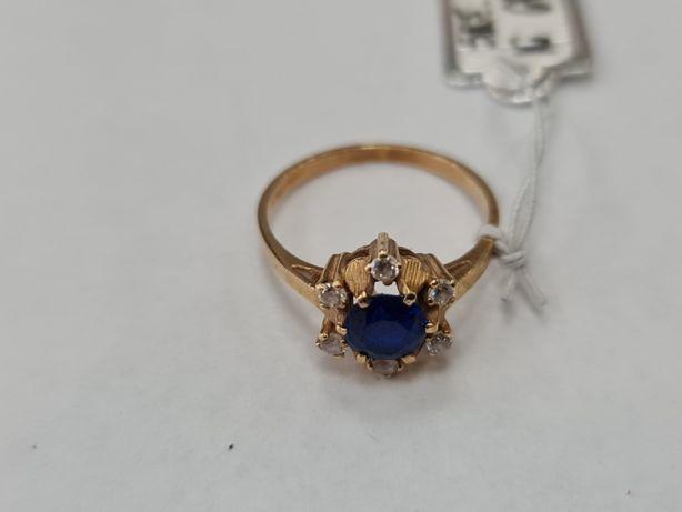 Klasyczny złoty pierścionek damski/ 585/ 3.19 gram/ R16/ Cyrkonie