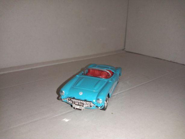 Chevrolet Corvette z 1957 roku made in Hong Kong
