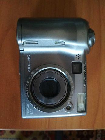 Olimpus фотоаппарат, рабочий но с ньюансом.